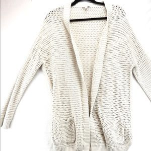 Gap cable knit sweater cream